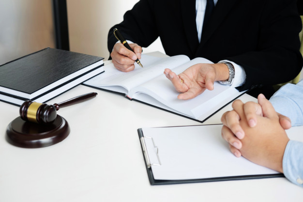 How To Choose The Best Legal Translation Services For Your Company?