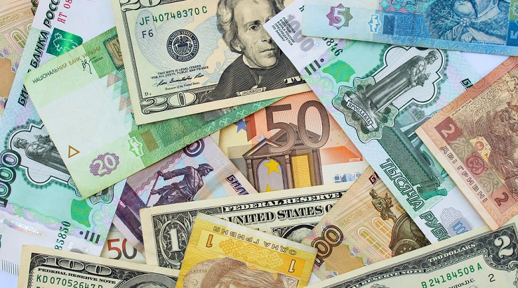 How Are Currency Exchange Rates Determined?